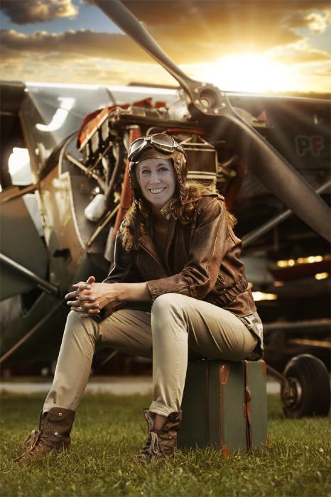 photofunia-woman-pilot-regular-2016-08-31-04-28-01